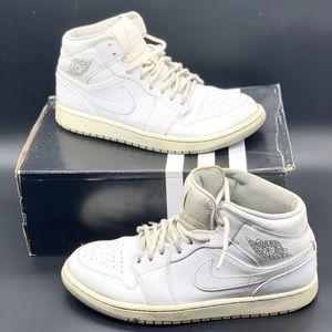 Air Jordan 1 One Mid men's basketball shoes.